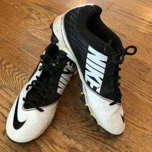 Nike cleats size 8, used
